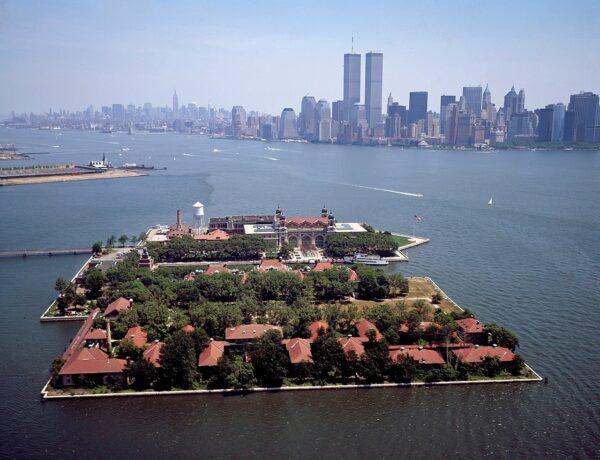 ellis island, new york city, skyline